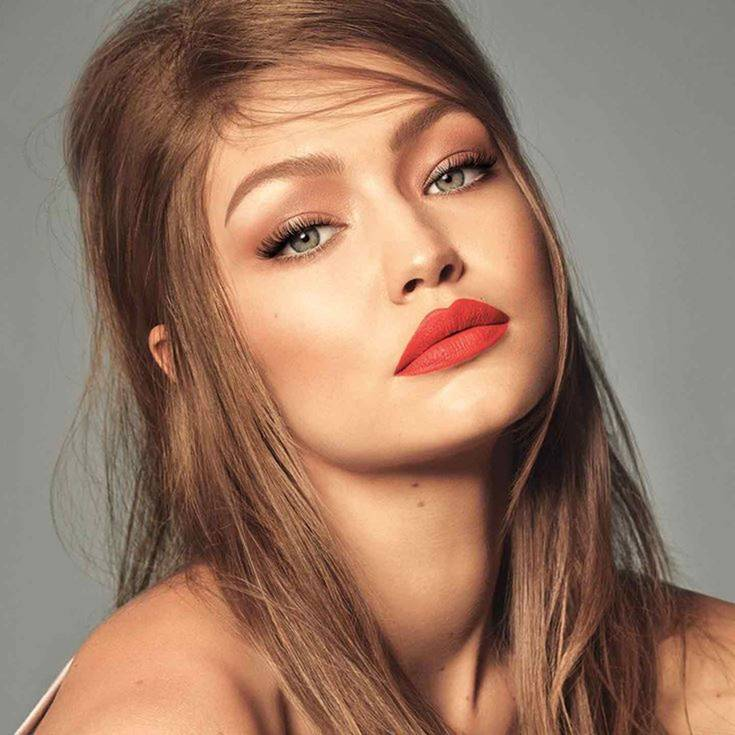 Descubre El Mejor Maquillaje Para Vestido Rojo En 3 Pasos
